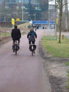 De tunnel vanuit het Beatrixpark onder de Beethovenstraat is straks alleen nog via een omweg te bereiken.